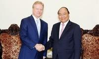 Vietnam reafirma política de consolidación de lazos con Estados Unidos