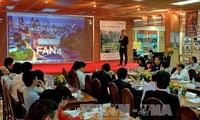 Conectan expertos de fuera y dentro de Vietnam por renovación y emprendimiento nacional