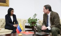 Venezuela entrega notas de protesta a Estados Unidos