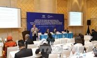 Altos funcionarios de APEC desarrollan séptima jornada de trabajo en Vietnam
