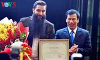 """Director de """"Kong: La Isla Calavera"""" promete promocionar el turismo de Vietnam"""