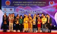 Elogian a discapacitados y huérfanos vietnamitas que superan difícil situación