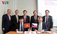 Vietnam y República Checa afianza cooperación en tecnología de información