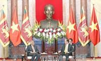 Líderes vietnamitas reciben a premier esrilanqués