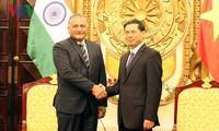 Visita Vietnam secretario de Estado de Relaciones Exteriores de la India