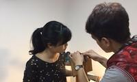 Fábrica de productos de cuero para los jóvenes de Hanoi