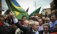 Expresidente de Brasil Lula da Silva se prepara para candidatura del país