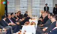 Primer ministro vietnamita se reúne con empresarios japoneses