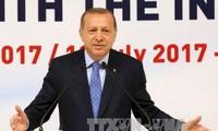 Presidente turco conversa con sus pares de Palestina e Israel sobre la tensión en Jerusalén