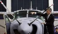 Estados Unidos entrega aviones y armas a Filipinas para apoyar su lucha antiterrorista