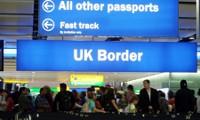 Gran Bretaña promete eximir visas para europeos después del Brexit