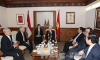 Líder político de Vietnam se reúne con el presidente de la Cámara Baja indonesia