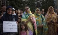 España: 200 musulmanes se manifiestan en Granada por la paz