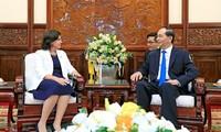Prometen brindar a los nuevos embajadores en Vietnam mejores condiciones