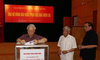 Recaudan fondos para ayudar a las víctimas de los desastres naturales en el norte de Vietnam