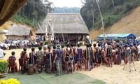 La etnia Co Tu, en gratitud al bosque