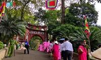 Ambiente festivo en el Templo de los Reyes Hung