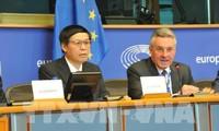 Vietnam y Unión Europea aceleran la firma y ratificación de Tratado de Libre Comercio bilateral
