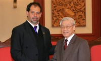 Ketua Senat Cile mengakhiri kunjungan di Vietnam