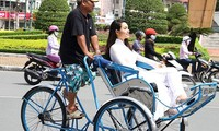 Sepintas lintas tentang becak di Vietnam