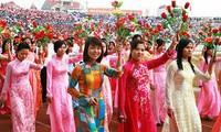 Memperkenalkan wanita Vietnam yang tipikal dalam gerakan pembebasan wanita