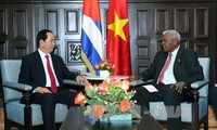 Presiden Vietnam, Tran Dai Quang menerima Ketua Parlemen Kuba, Esteban Lazo Hernandez