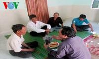 Adat  meminta maaf dari  warga etnis minoritas Xo Dang