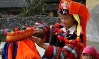 Adat istiadat mengenai upacara pemakaman warga etnis minoritas Lo Lo