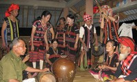 Seni musik rakyat dari warga etnis minoritas Pa Ko