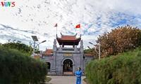 Agama Budha Vietnam berjalan seperjalan dan berkembang dengan bangsa