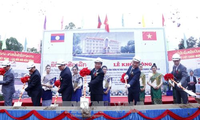 Peresmikan pembangunan gedung SMU  Sithanaxay – hadiah dari Sekjen KS PKV, Nguyen Phu Trong