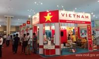 Vietnam menghadiri Pekan Raya Ekspor-Impor ke-12 di Kamboja