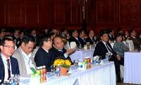 PM Nguyen Xuan Phuc memimpin Forum Pertanian Organik Vietnam