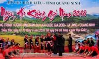 """Pesta  """"Memantangi angin"""" dari orang etnis Dao Thanh Phan di  Provinsi Quang Ninh"""