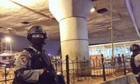 В Джакарте прогремели два взрыва
