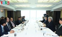 Премьер Вьетнама Нгуен Суан Фук провел встречу с японскими инвесторами