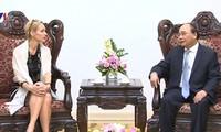越南政府总理阮春福会见瑞典驻越大使梅兰德