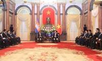 陈大光会见柬埔寨副首相兼内政大臣韶肯