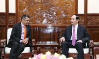 陈大光会见印度塔塔集团越南公司总经理森古普塔