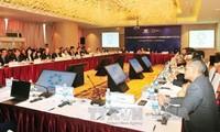 亚太经合组织第一次高官会及系列会议第二天工作结束