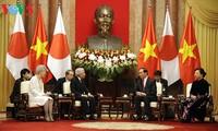 日本天皇和皇后的越南之行有助于深化越日双边关系
