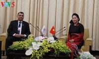 越南国会主席阮氏金银会见议联领导人