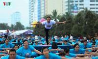 越南响应国际瑜伽日