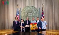 越南驻美大使范光荣正式访问美国太平洋司令部和夏威夷州