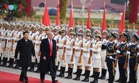 中美两国领导人举行会谈