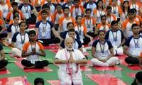 印度纪念国际瑜伽日