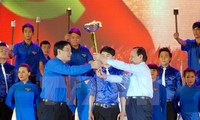 Vietnamese youth active in economic development and national defense