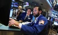 US stocks soar