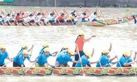2nd Ngo boat race festival opens in Soc Trang province