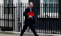 Britain says it has no plans to deploy combat troops in Libya